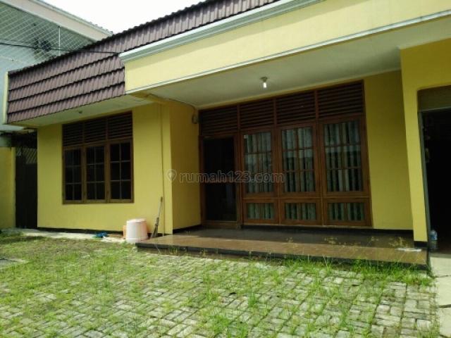 Rumah Siap Huni @ Kebayoran Baru, Kebayoran Baru, Jakarta Selatan