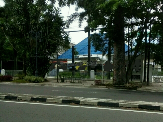 COCOK UNTUK CAFE, RESTAURANT, DISTRO DENGAN LEBAR MUKA 30 METER, Dago, Bandung