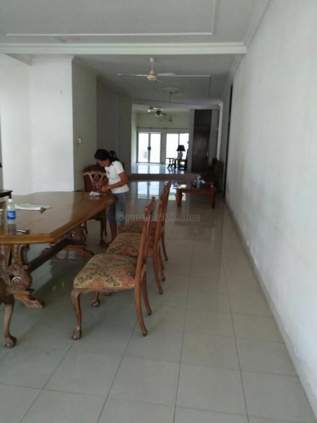 rumah asri di jalan pertanian lebakbulus, Lebak Bulus, Jakarta Selatan