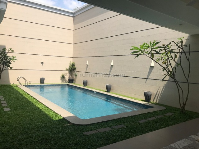 A New Brand House For Rented at Pondok Indah, Pondok Indah, Jakarta Selatan
