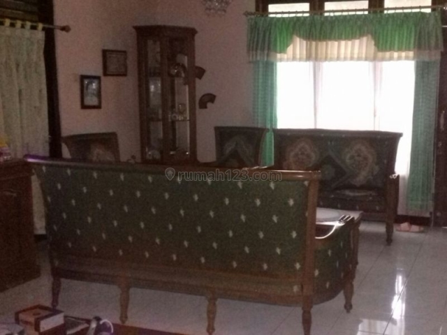 Rumah Jalan Karimun Jawa Cilacap, Cilacap Tengah, Cilacap