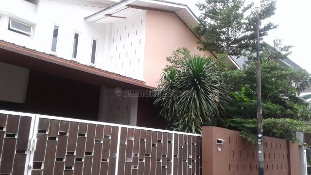 RUMAH BAGUS NYAMAN DAN STRATEGIS, Kalibata, Jakarta Selatan
