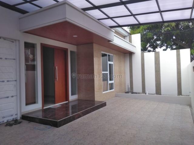 Rumah 1,5 Lantai Jalan Jeruk V, Lamper Lor Semarang, Semarang Selatan, Semarang
