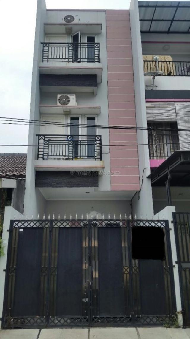 JELAMBAR 3,75x15m Rumah Minimalis Siap Huni HUB: DHYANA 0818398080 PR-012660, Jelambar, Jakarta Barat