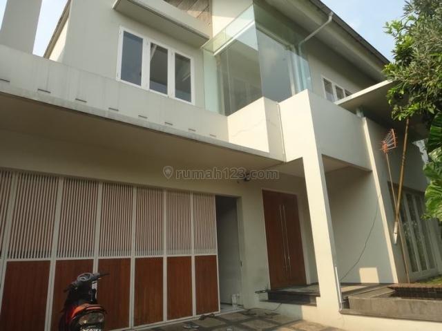 Modern House - Pondok Indah, Pondok Indah, Jakarta Selatan