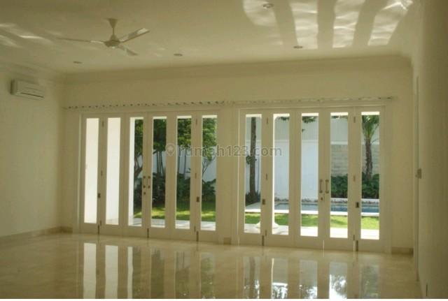 "Beautiful and limited edition house in kemang dalam area ""the price can be negotiable"", Kemang, Jakarta Selatan"
