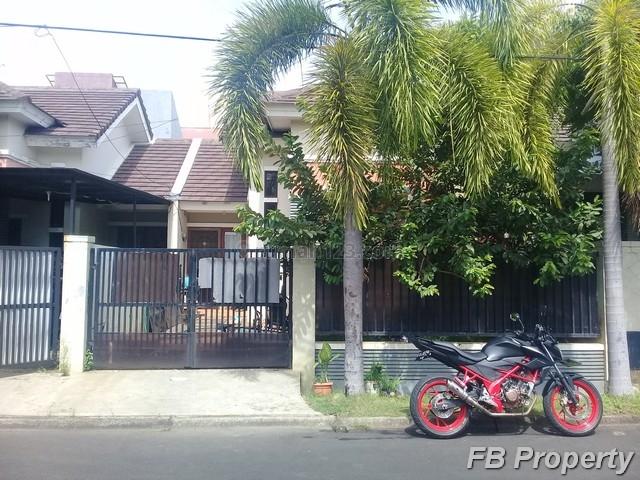 Rumah Bagus Keamanan 24 Jam di aralia Harapan Indah (3126.AY), Harapan Indah, Bekasi
