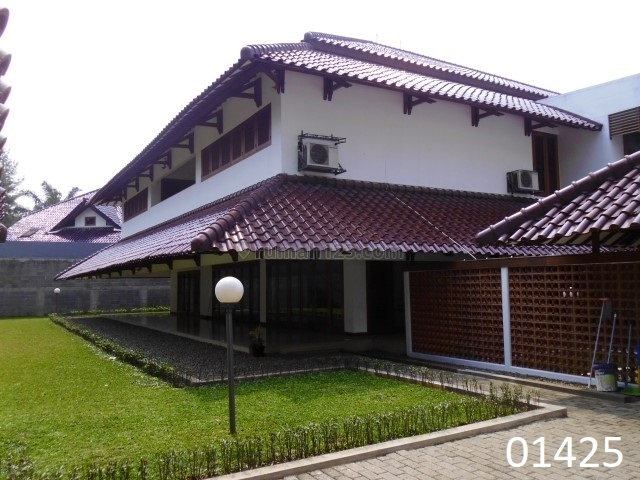 Spacious Modern House with Beautiful Garden In Pondok Indah-01425, Pondok Indah, Jakarta Selatan