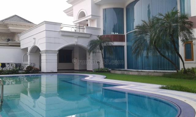Rumah di lokasi elit di Pondok Indah, Pondok Indah, Jakarta Selatan