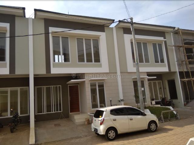 Rumah Baru / TOWN House di Cibubur, Cibubur, Depok