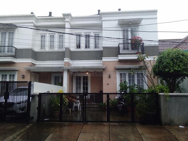 Rumah cantik menarik tenang harga murah di ampera jakarta selatan, Ragunan, Jakarta Selatan