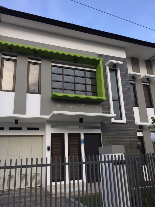 Rumah baru dan Nyaman, Asri, Sejuk, Batununggal, Batununggal, Bandung