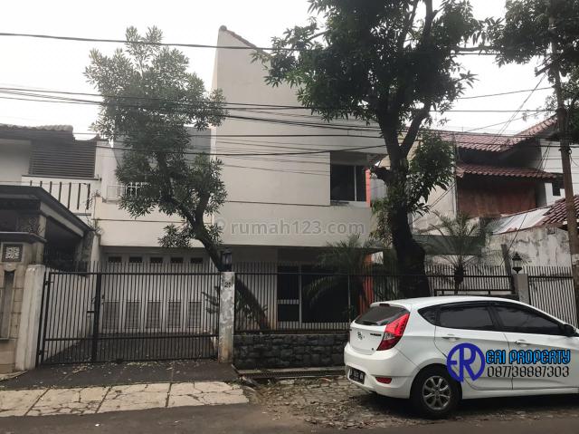 Rumah LT/LB: 350/600 Bangunan 2 Lantai Ciasem 1 Kebayoran Baru Jaksel 300 Juta/Tahun, Kebayoran Baru, Jakarta Selatan