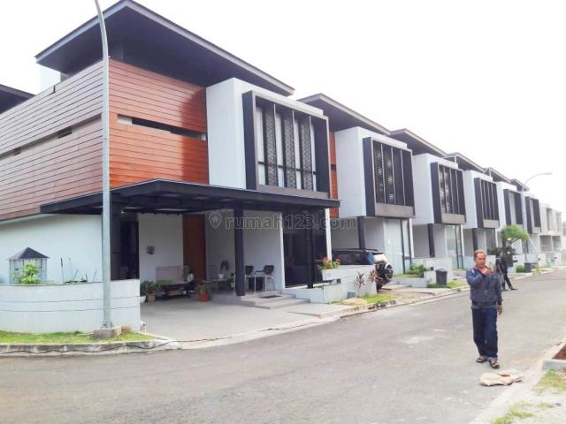 Rumah BARU MEWAH SIAP HUNI di CASAMORA - JAGAKARSA, Jakarta Selatan, Jagakarsa, Jakarta Selatan