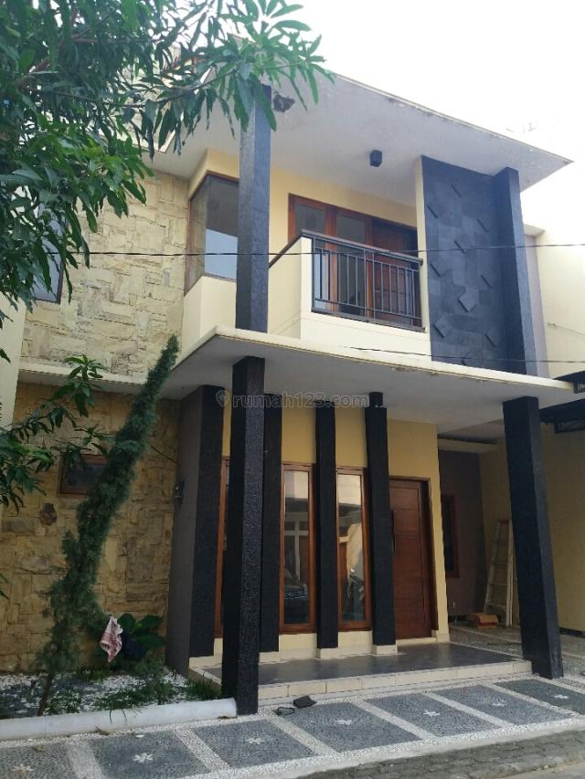 Rumah Apik dalam TownHouse di Jagakarsa, Jagakarsa, Jakarta Selatan