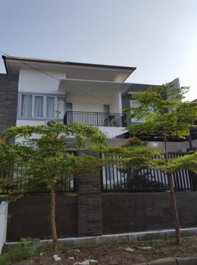 Rumah bagus lokasi strategis, Cinere, Jakarta Selatan