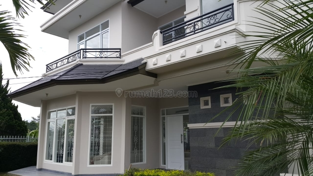 Rumah Classic Modern Di Dekat Cipaku dan Budi Indah Bandung, Paseh, Bandung