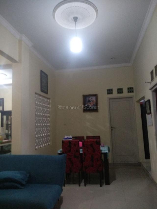 Rumah besar dan luas posisi hook pondok gede aces jln 2 mobil (nng), Pondok Gede, Bekasi