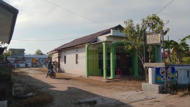 [948DE1] 2 Rumah dan Kolam Renang Komersil 131m2 - Palangkaraya, Kalimantan Tengah, Sebangau, Palangkaraya