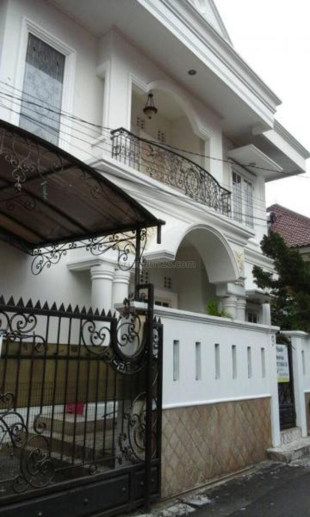 PULOMAS 166 m2 RUMAH SIAP HUNI HUB 081280069222 ABEL PR-014325, Kelapa Gading, Jakarta Utara
