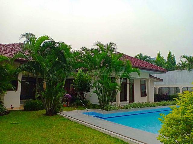 Rumah Asri Dalam Komplek Di Ampera Kemang Jakarta Selatan, Ampera, Jakarta Selatan