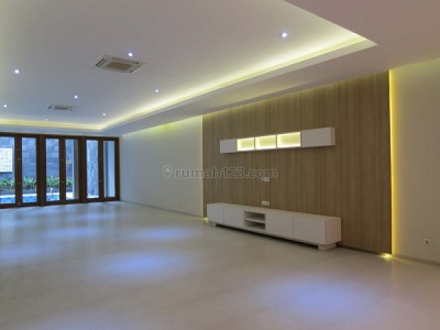 Newly Refurbished house in upscale neighbourhood and very strategically central locations, Menteng, Jakarta Pusat