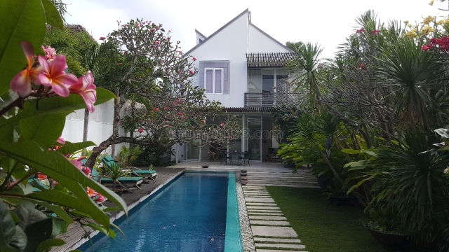 Beautiful & artistic house at Petitenget Kuta, Petitenget, Badung