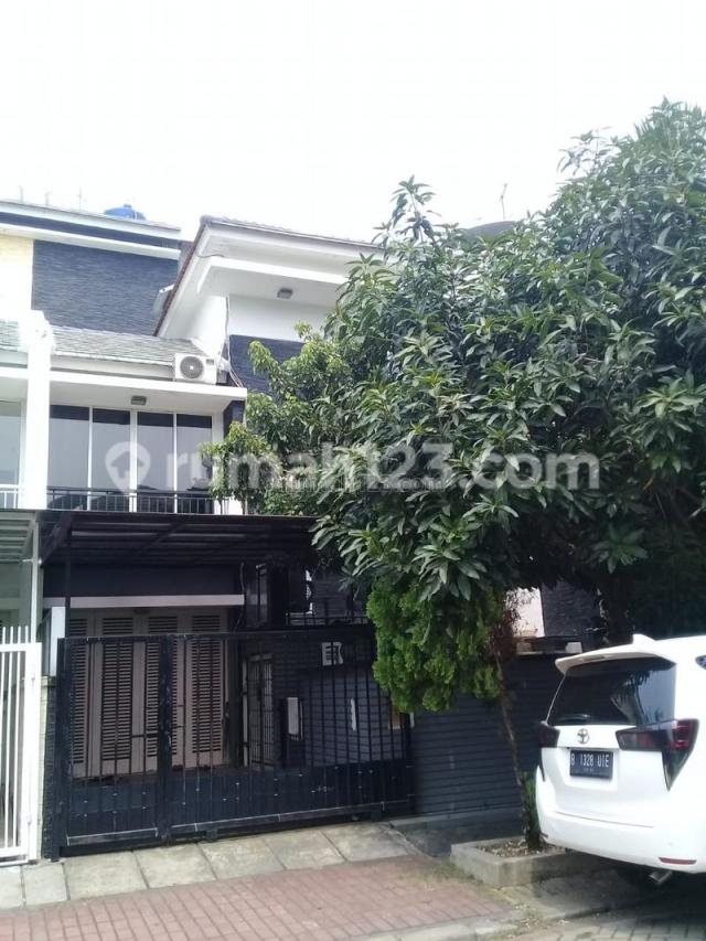 Rumah Layar Permai semi furnish full bangunan, Pantai Indah Kapuk, Jakarta Utara