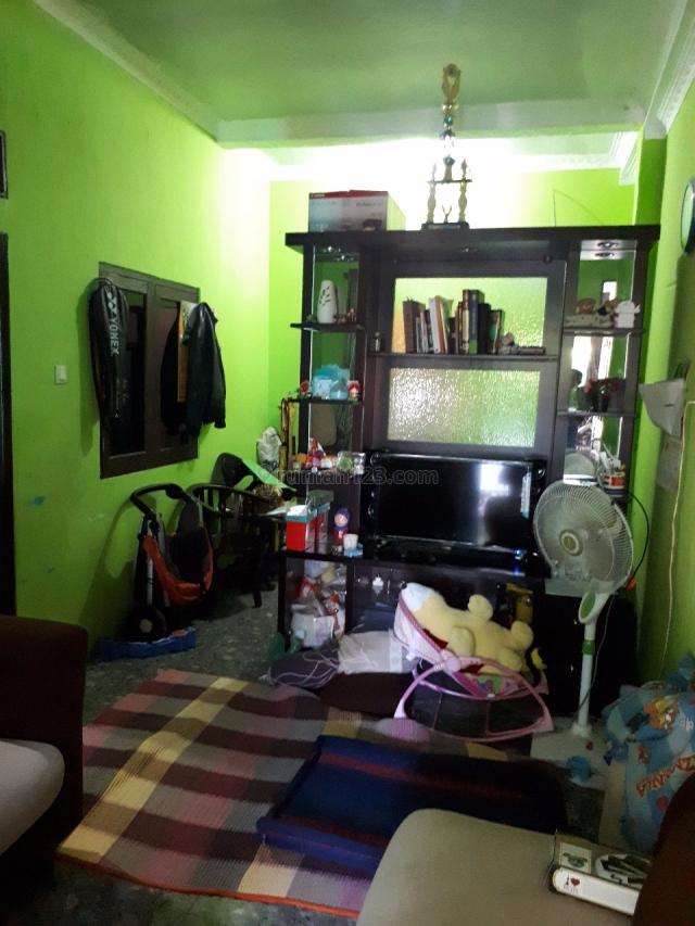 rumah second 2 lantai dekat stasiun cilebut siap huni, Cilebut, Bogor