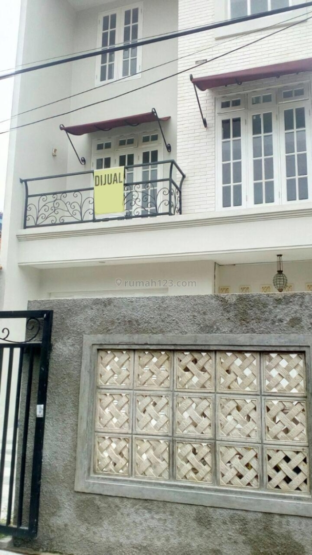 Rumah Baru Cantik Minimalis di Tebet, Tebet, Jakarta Selatan