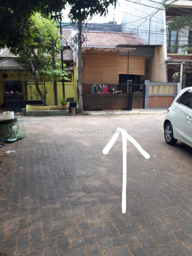 RUMAH STANDARD DI KOMPLEK DANAU INDAH, UKU 5X14.5, LOKASI STRATEGIS, HARGA BAGUS, TUSUK SATE, HITUNG TANAH SAJA., Sunter, Jakarta Utara