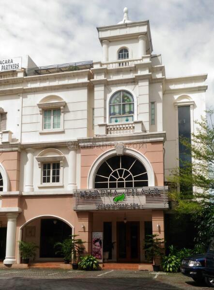 Ruko Gandeng 4 lantai, kondisi baik, lokasi stategis, cocok untuk spa, kursus atau kost2an  Harga NEGOTIABLE !!, Kapten Tendean, Jakarta Selatan