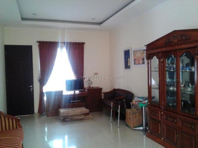 Rumah cantik minimalis 2 lantai siap huni tanah luas, huk  depan taman di kawasan elite Galaxy Bekasi, Galaxy, Bekasi