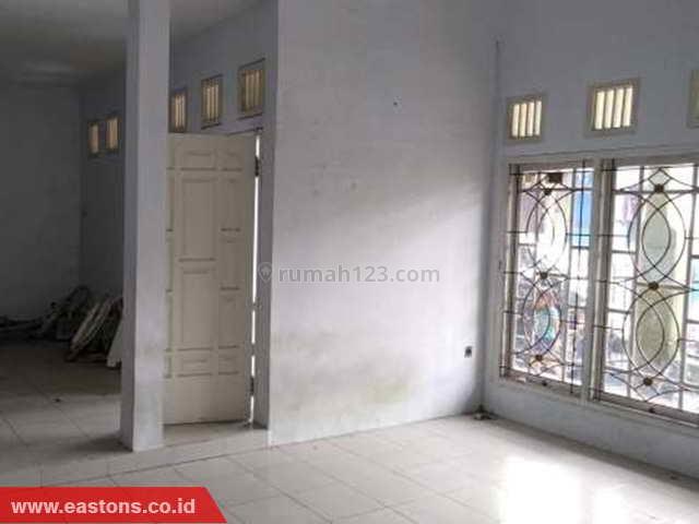 Rumah Dekat Ke Pintu Tol Cileduk Siap Huni (PD007958), Pesanggarahan, Jakarta Selatan