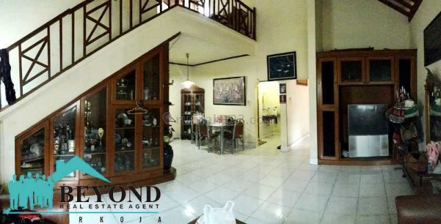 Rumah Rapi Nyaman di Arcamanik Bandung, Arcamanik, Bandung