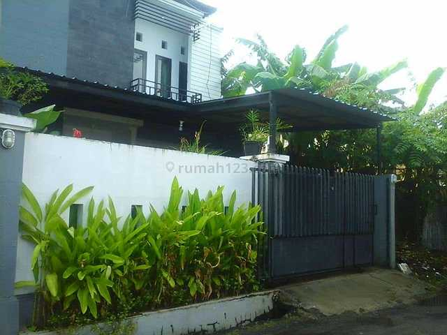 Rumah cantik semi furnish, Gatot Subroto, Denpasar