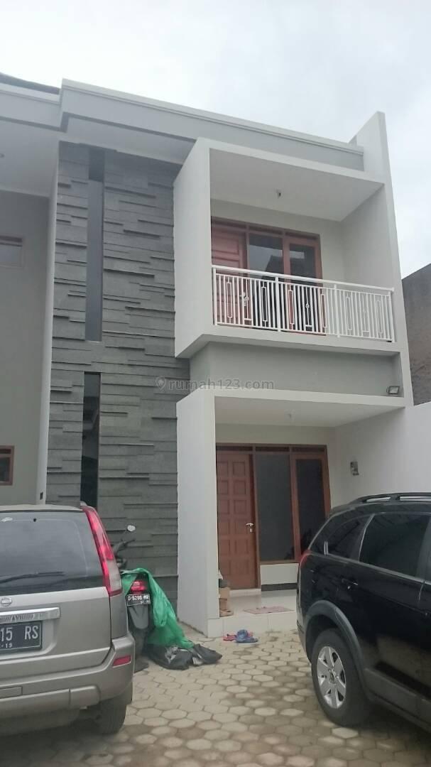 Rumah Dan Tanah Di Kopo Kencana, Kopo, Bandung
