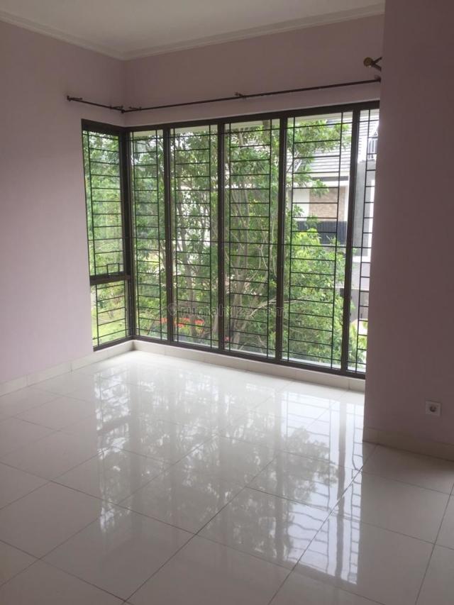 Rumah 2 lantai di bintaro jaya cluster, Bintaro, Jakarta Selatan