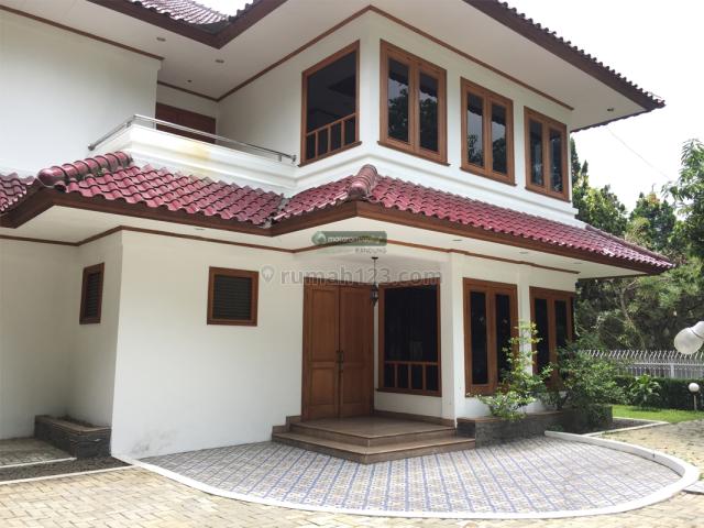 Rumah Besar dan Asri di Sayap Cipaganti/ Pasir Kaliki, Siap Huni, Ada Kolam Renang, Cipaganti, Bandung