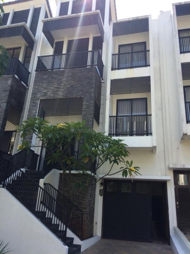 Rumah Nyaman Siap Huni @ Lebak Bulus, Lebak Bulus, Jakarta Selatan
