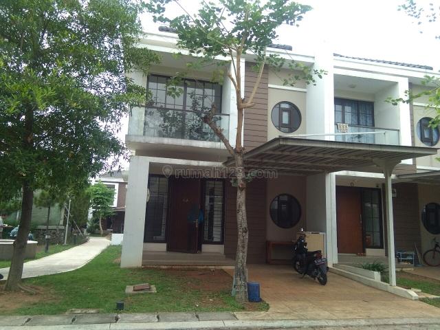Rumah Cantik East Asia dengan lokasi Sangat bagus, Green Lake City, Jakarta Barat