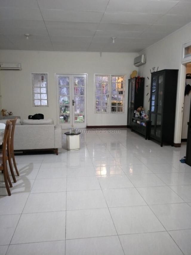 Rumah Tomang di, Tomang, Jakarta Barat