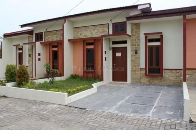rumah cantik luas pinggir jalan murah, Tanjung Morawa, Medan