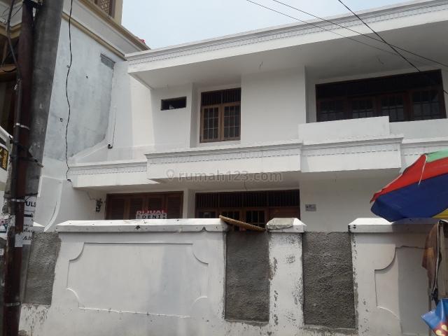 Rumah lokasi Pd.Pinang - Jaksel, strategis, cocok utk koskosan, usaha atau hunian, Pondok Pinang, Jakarta Selatan