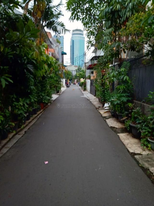 Rumah Di Jalan Setiabudi Timur, Setiabudi, Jakarta Selatan
