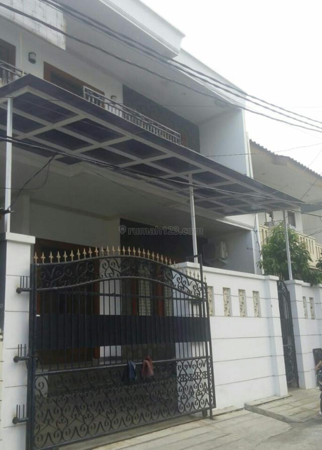 RUMAH BAGUS DISUNTER 2.5 LANTAI, LEBAR 10 METER, LT 160 m2, KOMPLEK, HARGA 4 MILYARD, Sunter, Jakarta Utara