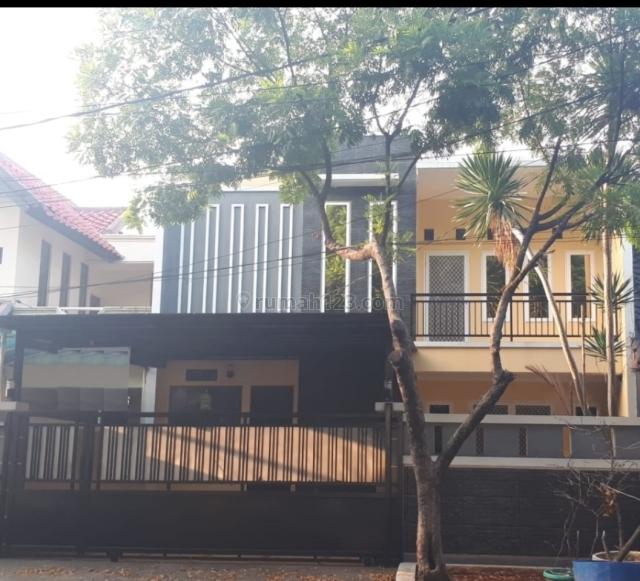 rumah besar, luas, siap huni, furnished, strategis, nyaman, Semanan, Jakarta Barat