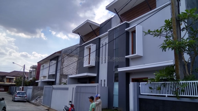Rumah Baru Yg Asri di Permata Kawaluyaan, Soekarno Hatta, Bandung