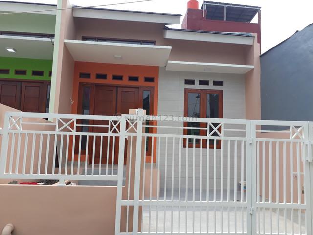 Rumah nyaman di dala Cluster Mutiara Gading Timur, Mustikajaya, Bekasi Timur, Mustikajaya, Bekasi