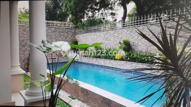 Rumah layak Huni di kawasan Elit Jl. Erlangga IV, Kebayoran Baru, Kebayoran Baru, Jakarta Selatan
